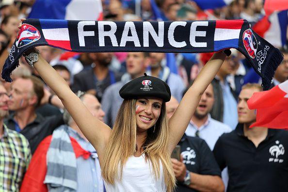 いよいよ開幕のEUROにフランスは大騒ぎ