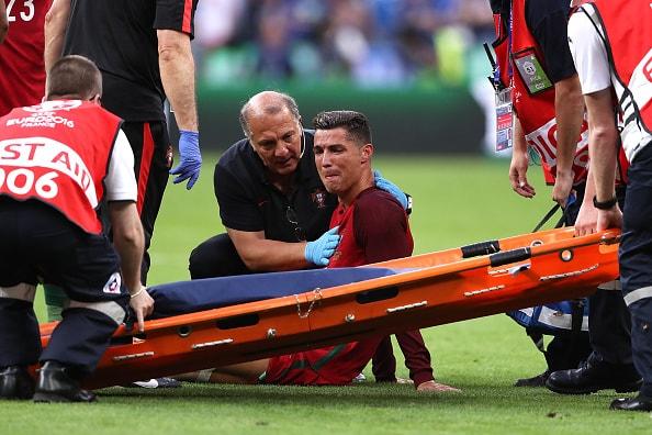 左ひざ内側側副じん帯損傷