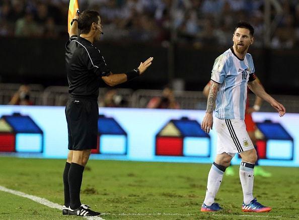 窮地に立たされたアルゼンチン代表