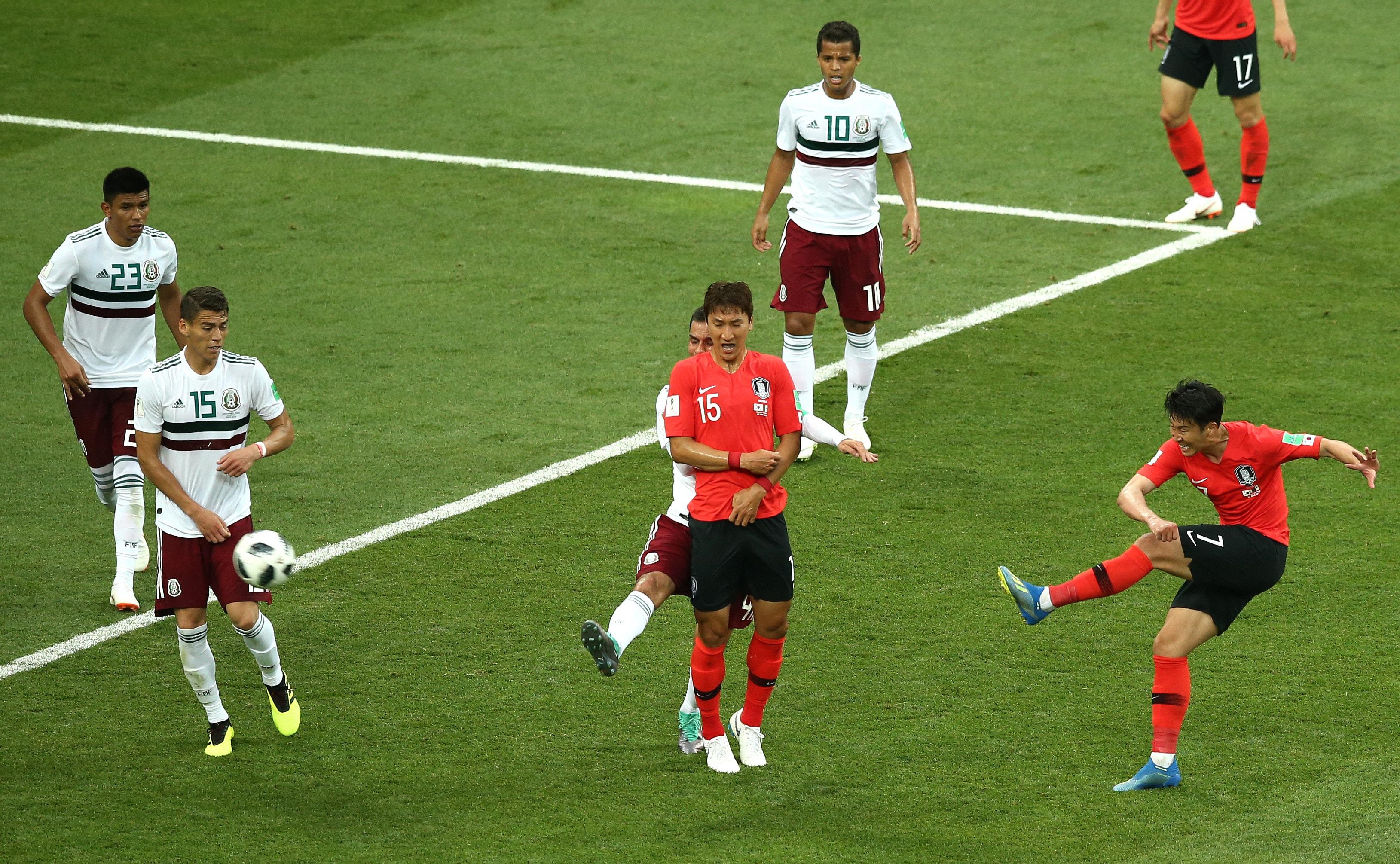 一瞬の隙を突いたメキシコ 速攻で試合の趨勢を決める