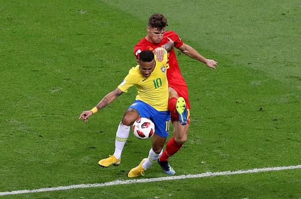 冴え渡ったベルギーの速攻 ブラジルは単調な攻撃に終始