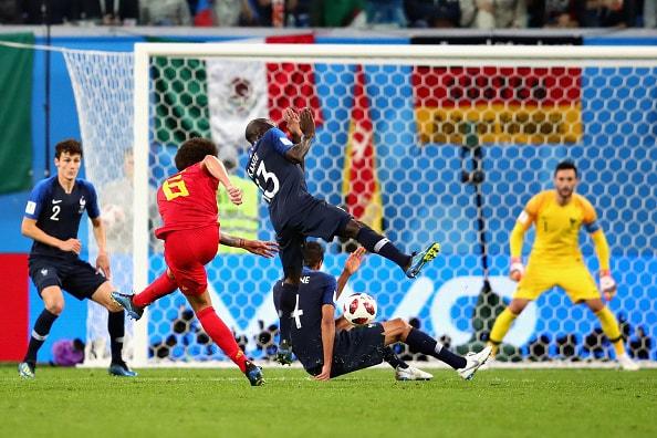 フランスがCKをものに 堅守速攻も冴え渡る